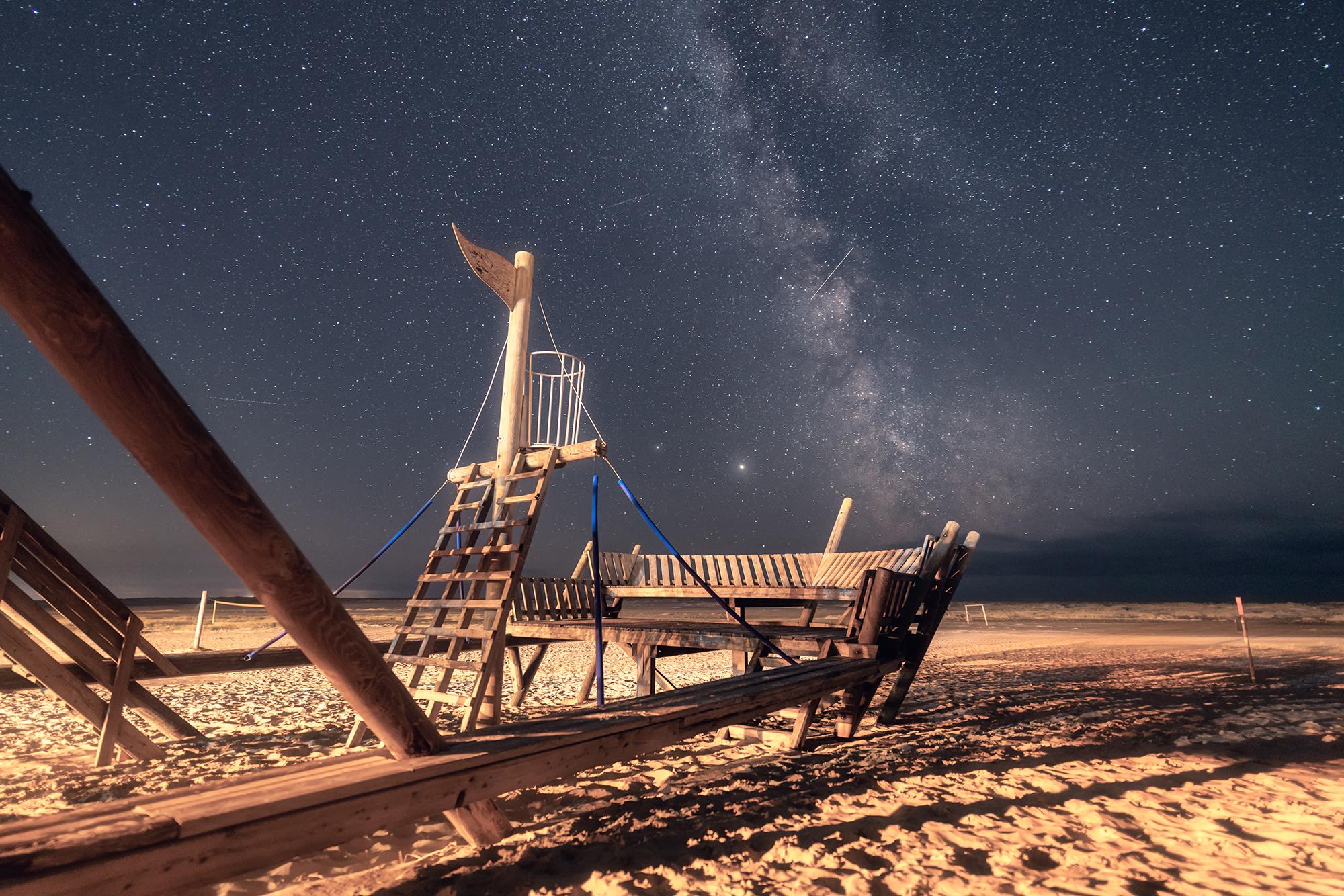 Traumschiff unter Sternen